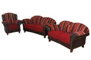 bordó, csíkos kanapé